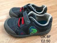 Boys Clark's dinosaur shoes size uk 8f £2.50