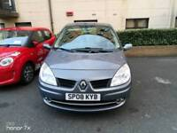 Renault scenic family car