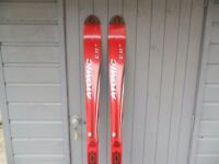 NEW AND UNUSED ATOMIC BETA CARVING SKIS - 180 cm