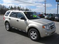 2011 Ford Escape XLT Automatic 3.0L ( $129.70 Biweekly)