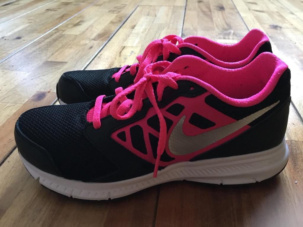 Nike pink downshifter 6 trainer size 4