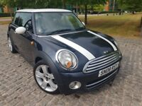 Mini Hatch Cooper 1.6 diesel;Great in Fuel!Twin roof;Half leather;Black/White