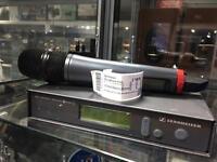 Sennheiser mic microphone and receiver EW300
