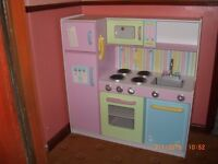 Kidicraft My Precious Kitchen, Lots of Food and Accessories, Great Condition,