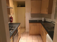 Large room, couples, new bed, close to Uni and hospital. Refurbished house. Start from £93p/w