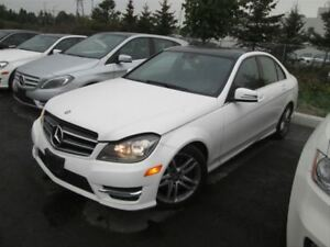 2014 Mercedes-Benz C-Class 300 / NAVIGATION / SUNROOF / LEATHER