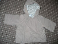 Bundle of 4 jackets/ hoodies for boy 6-9mths: Gap, Mini Boden, M&S, Vertbaudet. Very good condition.