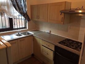 4 bed or 3 bed house, close to all amenaties, transport Uni, city centre, Asda, Fallowfield