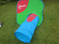 Pop-up play tent and tunnel. Good condition.