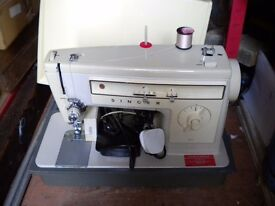 Nice Singer Electric Sewing machine model 507