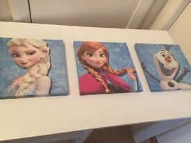 Frozen pictures (set of 3) and beanbag