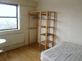 City Centre 1 Double Bedroom in Flat, Bathroom Kitchen Lounge £600pcm