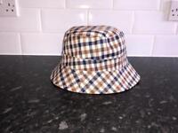 Aquascutum reversible bucket hat