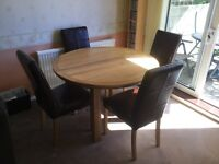 Solid Oak Round Extending Dining Table & 4 Chairs