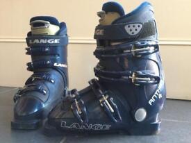 Women's/girls Ski Boots size 4