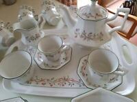 Eternal Beau 9 Place Tea Set