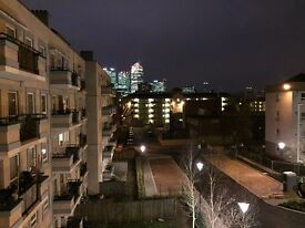 2 Double in 3 Bed Flat with Communal Balcony AVAILABLE NOW