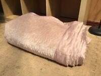 Luxurious velvety double bed throw