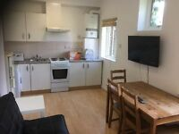 2 Bedroom Flat in Bayswater, W2 3ET (Student Accommodation)