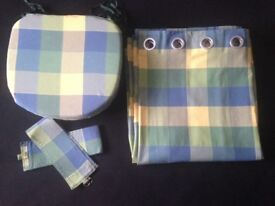 Curtains,Tie Backs & Seat Pads