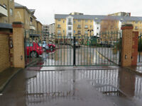 Beautifull 3 Bedroom Townhouse in a Gated Community in Adventurers Quay Cardiff Bay. £1190 Pcm