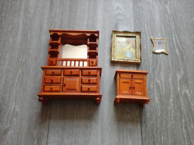 DOLLS HOUSE FURNITURE(2 sets,see description)Could deliver or post