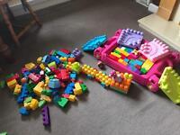 Mega blocks set