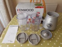 KENWOOD Grey Smoothie 2Go Blender + 2 Mugs with Lids VGC - cash on collection from Gosport Hampshire
