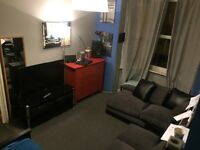 Two specious double rooms in Southsea!
