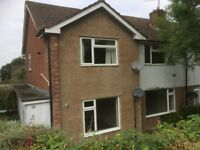 Lovely two bedroomed UNFURNISHED flat in Lakeside.
