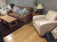 3 SEATER SOFA AND 2 X ARMCHAIRS