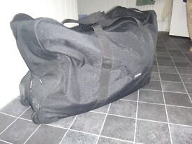 Large carry bag for Phil & Teds equipment
