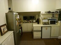 Very friendly, non smoking house share in a house on Wick Road, BRISLINGTON