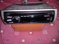 SONY CAR STEREO CD MP3 USB PORT AND AUX CAR RADIO 52watt x 4