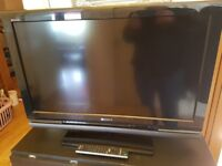 SONY BRAVIA 32 INCH TV , CAN DELIVER, HARDLY USED
