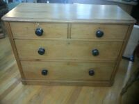 Victorian 4 Drawer Pine Chest of Drawers. Lovely Antique
