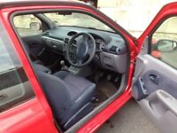 Clio 1200 16v in very nice caondition