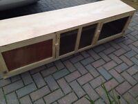 brand new 6ft indoor rabbit hutch