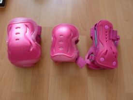 The SFR Essential Knee, Wrist and Elbow Triple Pad Set – Pink Medium