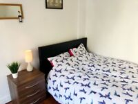 A cosy double bedroom, just off Triangle, Clifton.