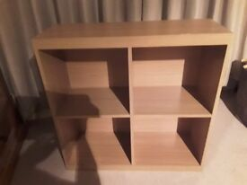 WOODEN BOOKSHELF / SHELVING