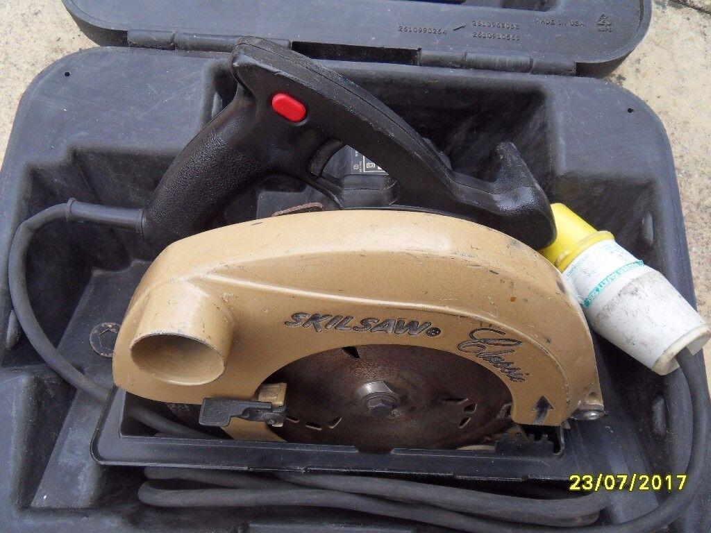 110 v circular saw in its case