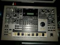 Roland mc-505 groovebox