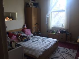 Huge Double room available in Acton Central- must see!!