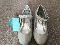 Monsoon Bridesmaid shoes child size 8