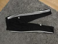 Slim adidas trackies