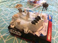 Star Wars Die-Cast Luke Skywalkers Snowspeeder (4+), only built once, comes in box