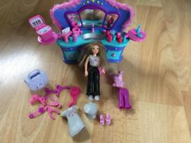 Polly pocket glamour lounge with Lea