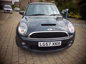 MINI COOPER S FULL SERVICE HISTORY IMMACULATE CONDITION INSIDE & OUT