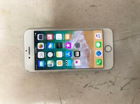 Apple iPhone 7 128GB Silver unlocked to all networka